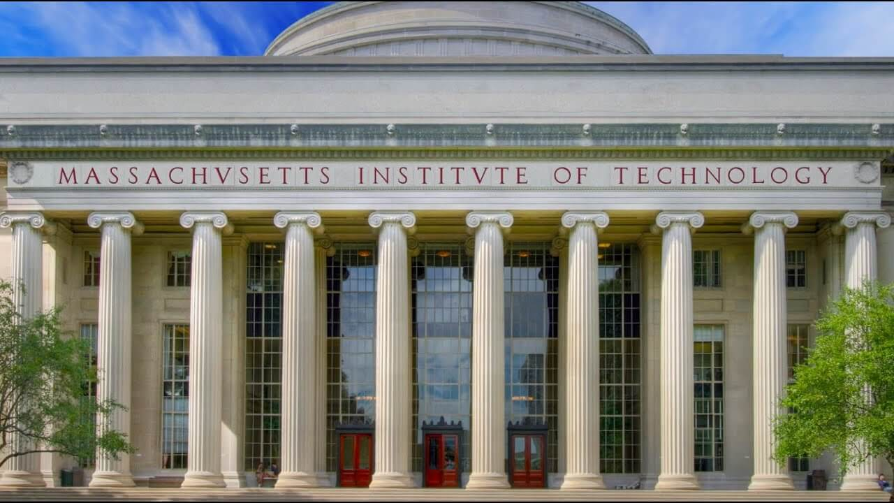 Top 10 Richest Universities in the world